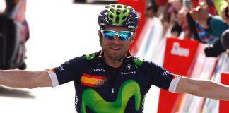 Alejandro Valverde levant les bras sur la deuxième étape du Tour de Castille et Leon 2016. Photo : Movistar