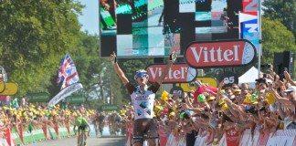 Alexis Vuillermoz s'impose à Mur de Bretagne lors du Tour de France 2015. ASO/B.Bade
