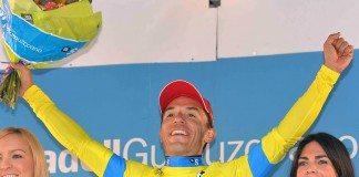 Joaquim Rodriguez savoure sa victoire sur le podium du Tour du Pays-basque 2016. Photo : Katusha