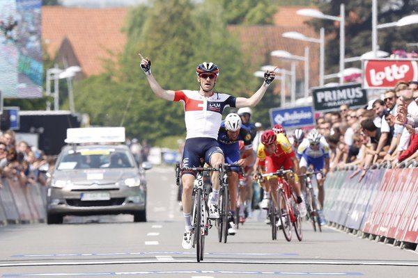 TODAYCYCYLING - Dries Devenyns en costaud sur la 2ème étape du Tour de Belgique 2016. Photo : IAM Cycling