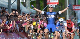 Marcel Kittel remporte au sprint la 2ème étape du Giro d'Italia 2016 - Photo : Tour d'Italie