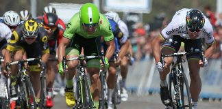 Peter Sagan à la lutte avec Wouter Wipper sur la 1ère étape du Tour de Californie 2016. Photo : Getty Images/Tinkoff