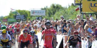 Nacer Bouhanni lors de sa victoire sur la 1ère étape du Criterium du Dauphiné à Saint-Vulbas. Photo : Cofidis.