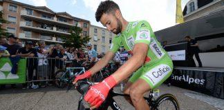 Nacer Bouhanni portant le maillot vert du classement par points sur le Dauphiné 2016. Photo : Cofidis.
