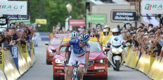 TODAYCYCLING - Thibaut Pinot victorieux à Méribel terme de la sixième étape du Critérium du Dauphiné 2016. Photo : FDJ.