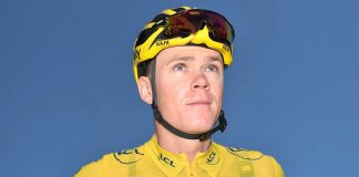 TODAYCYCLING - Chris Froome vêtu du maillot jaune lors du Tour de France 2016. Photo : ASO/A.Broadway