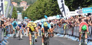 TODAYCYCLING - Magnus Cort Nielsen s'impose sur le fil après une remonté spectaculaire sur la 2e étape du Tour du Danemark. Photo : PostNord Danmark Rundt