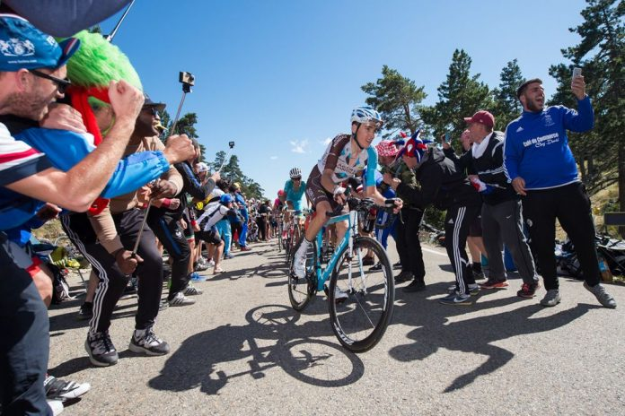 TODAYCYCLING - Romain Bardet filera t-il vers la victoire en Lombardie ? Photo : ASO/A.Broadway
