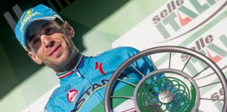 TODAYCYCLING - Vincenzo Nibali lauréat du Tour de Lombardie 2015. Photo : Il Lombardia