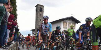 TODAYCYCLING - Romain Bardet dans le peloton pendant le Tour de Lombardie 2016. Photo : TDWSport/AG2R La Mondiale