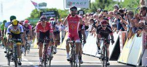 TodayCycling - Nacer Bouhanni s'impose aux forceps lors du Dauphiné Libéré. Photo : Le Tour