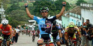 TODAYCYCLING.COM - Jhonathan Salinas remporte l'étape 5. Photo : Vuelta al Tachira