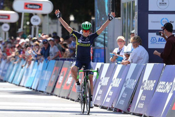 TODAYCYCLING.COM - Annemiek van Vleuten remporte la Cadel Evans Great Ocean Road Race. Photo : Twitter