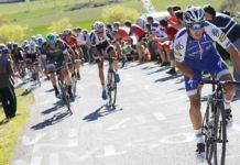Julian Alaphilippe à l'attaque sur la 1e étape du Tour du Pays-Basque 2017 avant d'être victime d'une crevaison.