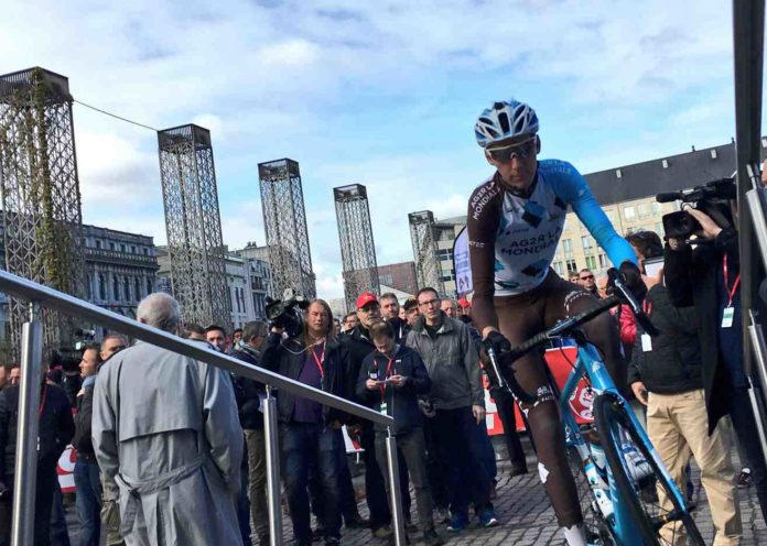 Romain Bardet attend l'issue de l'affaire froome