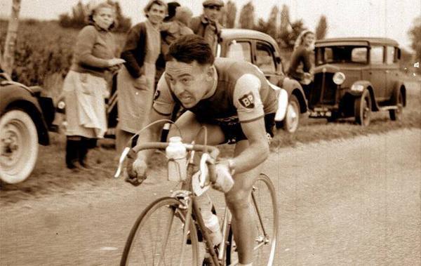 Photos et histoires du passé - Page 2 Albert-bouvet-mort-87-ans