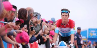 Le coup de force de Bob Jungels sur la troisième étape du Giro 2017 remportée par Fernando Gaviria. Le Colombien de Quick-Step Floors est le nouveau porteur du maillot rose du Tour d'Italie