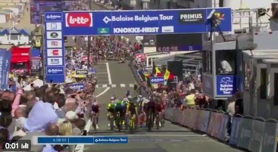 Bryan Coquard remporte la première étape du Baloise Belgium Tour où une grosse chute massive a eu lieu