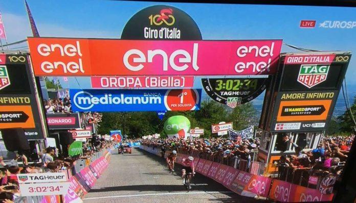 Tom Dumoulin (Sunweb) remporte l'étape d'Oropa du Giro 2017