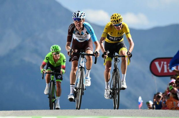 Romain Bardet garde la priorité au Tour de France