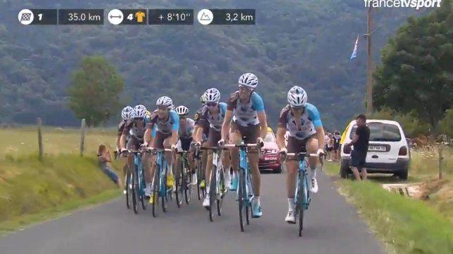 Haletante, la 15e étape du Tour de France 2017 a sacré Bauke Mollema. Au général, Nairo Quintana a fait les frais de l'offensive de AG2R