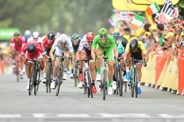C'est parti pour les Pyrénées — Tour de France