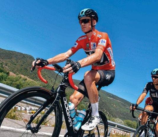 Vuelta 2017 : Chris Froome (Team Sky) consolide son maillot rouge