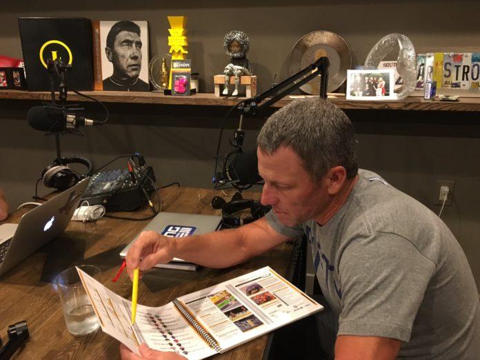 Lance Armstrong doit enregistrer un podcast dans le cadre de la Classique du Colorado la semaine prochaine. Mais l'USADA estime que