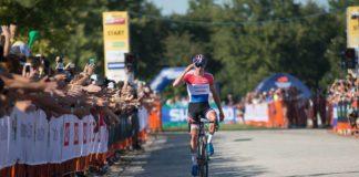 Mathieu van der Poel remporte la première manche de la Coupe du Monde de cyclo-cross 2017-2018