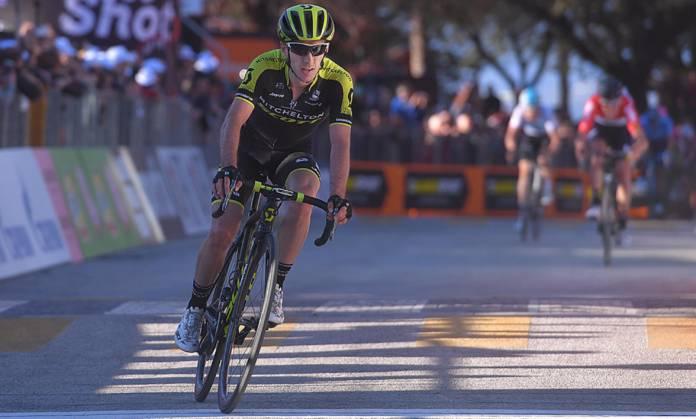 Adam Yates fracture bassin Tour de Catalogne