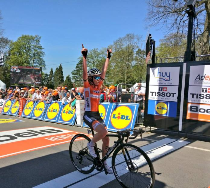 anna van der breggen remporte flèche wallonne 2018