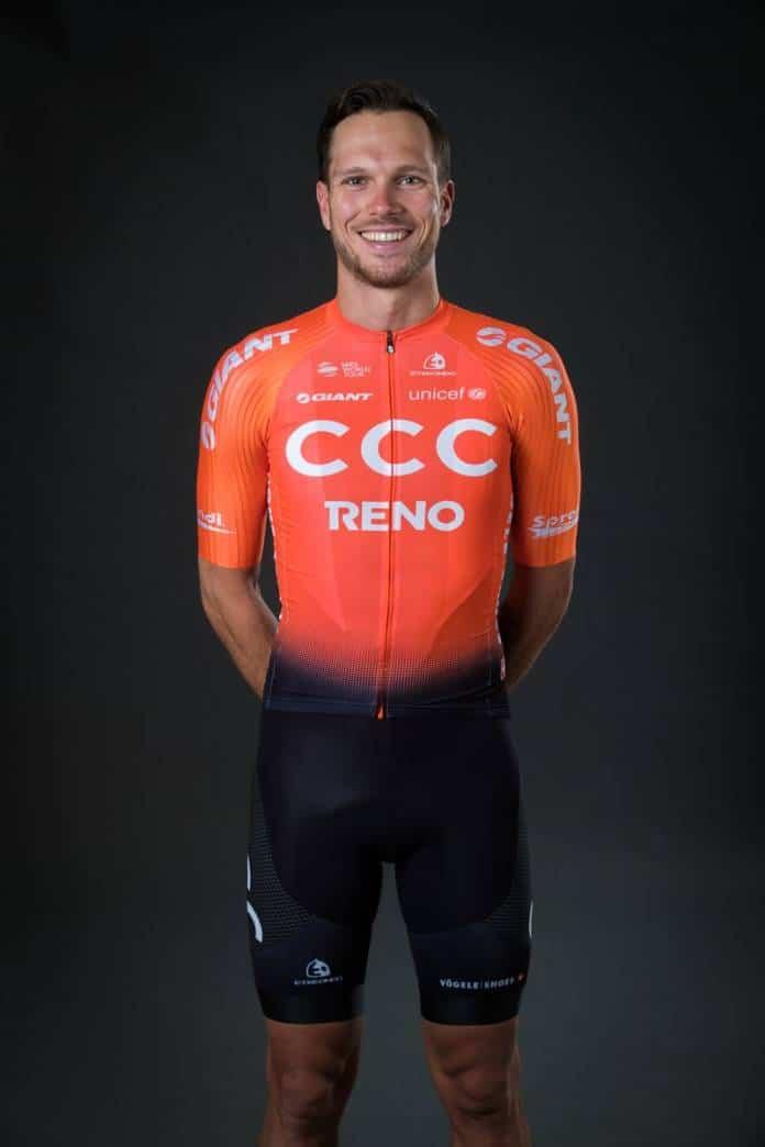 CCC Team avec le maillot de 2019