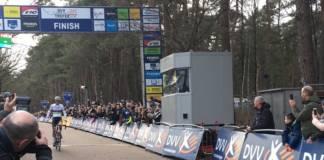 Mathieu van der Poel empoche une nouvelle victoire