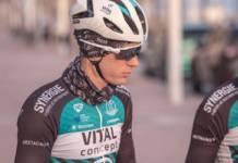 Pierre Rolland touché au visage