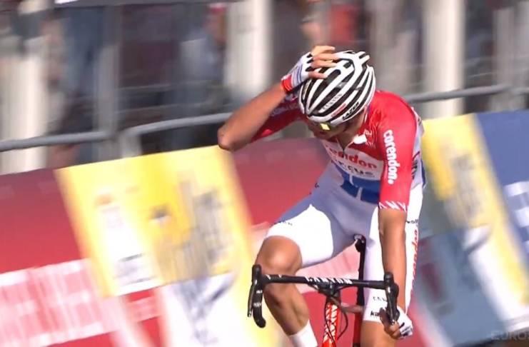 Mathieu van der Poel gagne l'Amstel