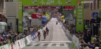 Geoghegan Hart en forme sur le Tour des Alpes