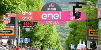 Pello Bilbao gagne sa première étape en Grand Tour