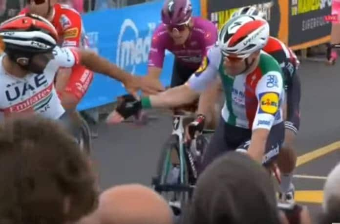 Vidéos Tour d'Italie 2019 étape 3 Fernando Gaviria vainqueur