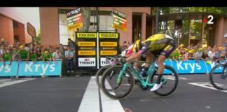 Caleb Ewan gagne une première fois au Tour