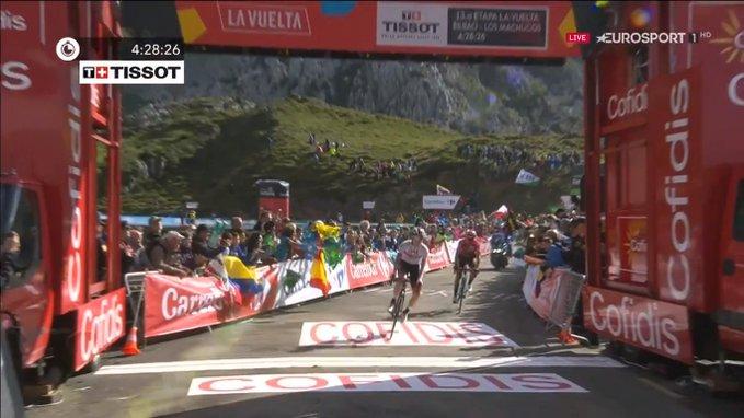 Tadej Pogacar vainqueur de sa 2e étape sur la Vuelta