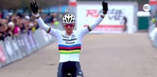 Mathieu van der Poel gagne à Sint Niklaas