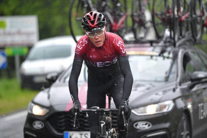 Chris Froome tourné vers le Tour