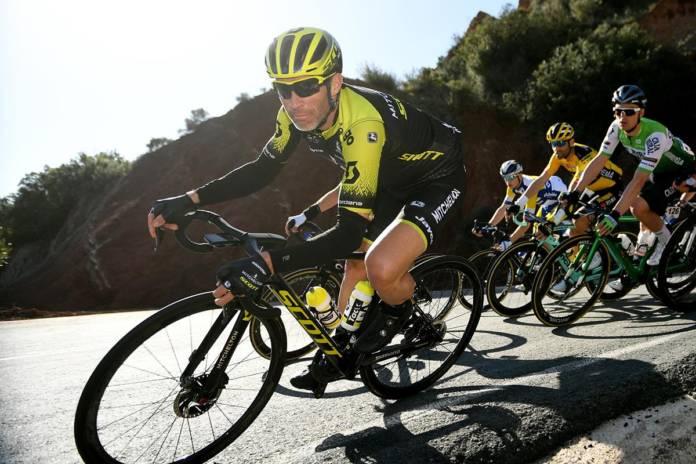 Michael Albasini court le Tour de Suisse en solitaire