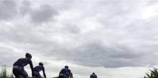 Mathieu van der Poel sur Paris-Roubaix en éclaireur
