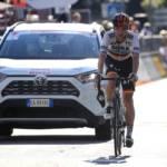Max Schachmann renversé par un véhicule sur le Tour de Lombardie 2020