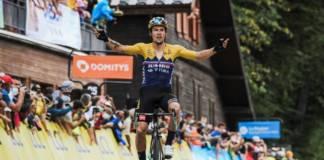 Primoz Roglic vainqueur en solitaire au sommet du Col de Porte