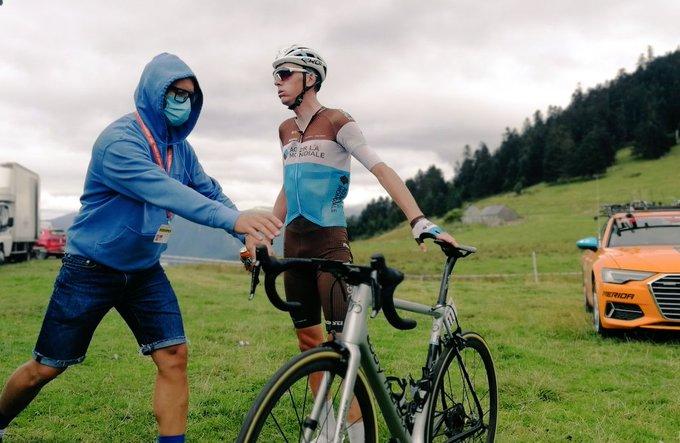 Pas de fracture pour Bardet mais forfait pour le Ventoux — Cyclisme