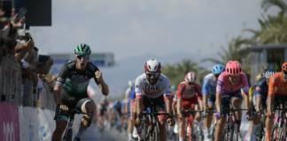 Tirreno-Adriatico commence idéalement pour Ackermann