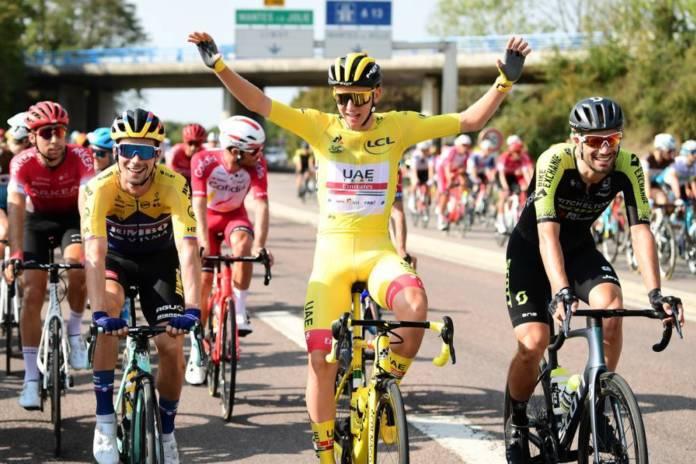 Tadej Pogacar finit le Tour de France 2020 avec le maillot jaune