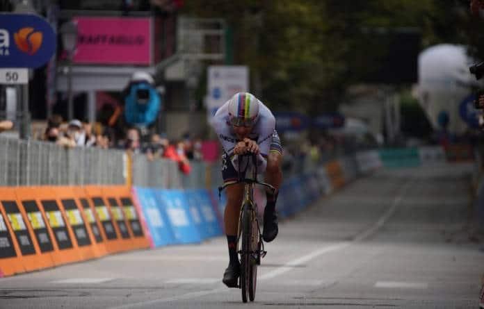 Filippo Ganna remporte la 14e étape du Giro 2020